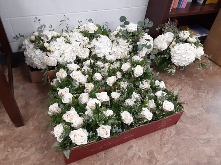 Hospice Care Orangeburg SC - Grove Park Hospice - Bouquets bring Smiles!
